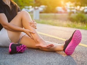 This image has an empty alt attribute; its file name is osteopathy-for-running-injuries-300x225.jpg